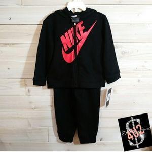 💕NWT/Nike 2pic matching set